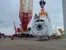 Installation of 7MW wind machine housing in single lift